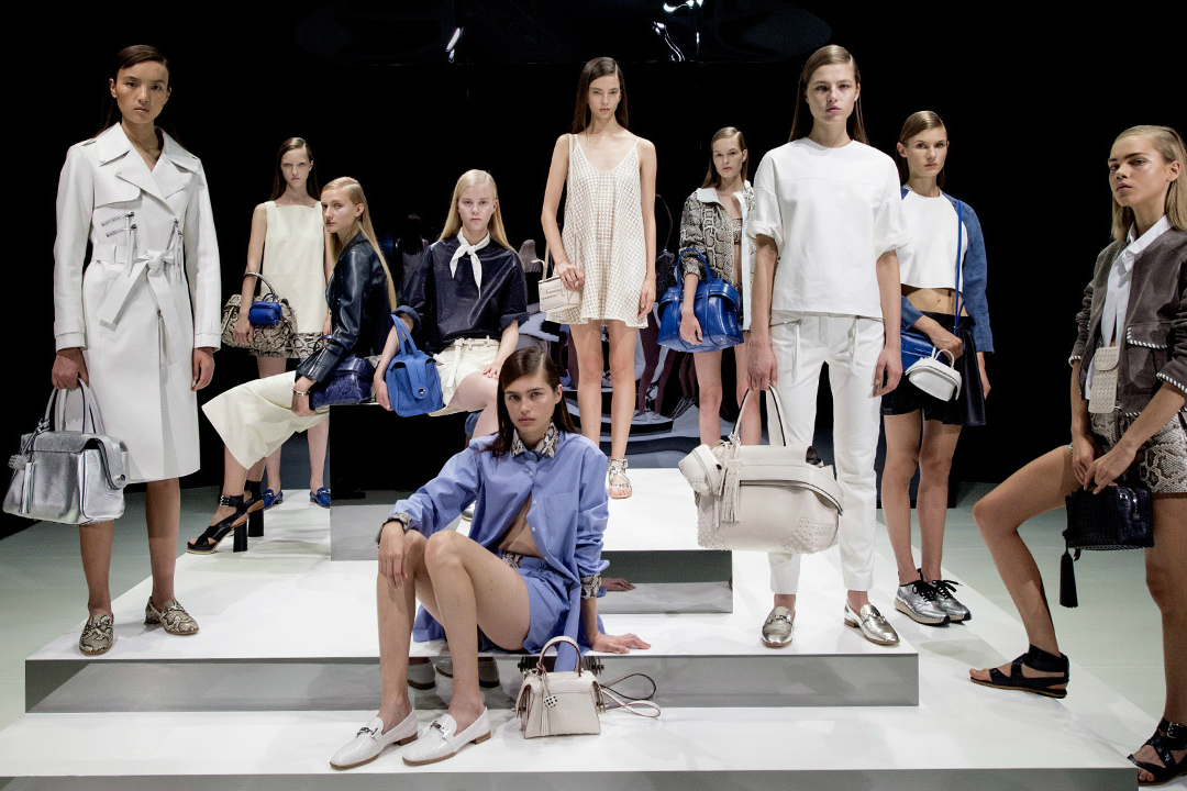 tods-womens-presentation-ss17-carousel-03
