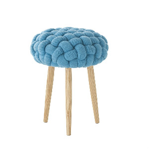 claire-anne-obrien-knitted-blue-stool-intro