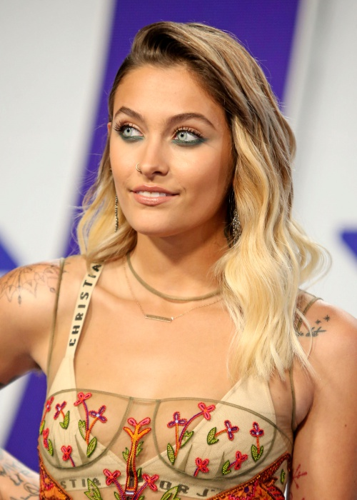 INGLEWOOD, CA - August 27: Paris Jackson, At 2017 MTV Video Music Awards At The Forum in Inglewood In California on August 27, 2017. Credit: FS/MediaPunch Credit: MediaPunch/face to face