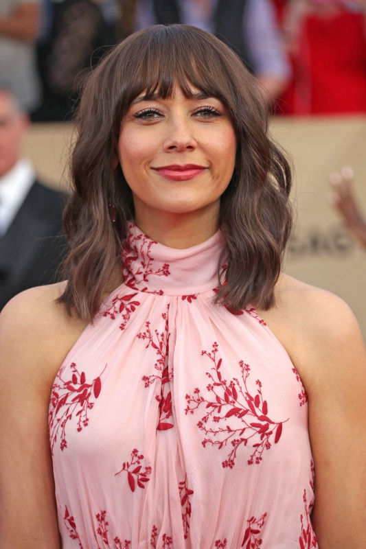 LOS ANGELES, CA - JANUARY 29: Rashida Jones at The 23rd Annual Screen Actors Guild Awards at The Shrine Auditorium on January 29, 2017 in Los Angeles, California. Credit: Faye Sadou/Retna/MediaPunch Credit: MediaPunch/face to face