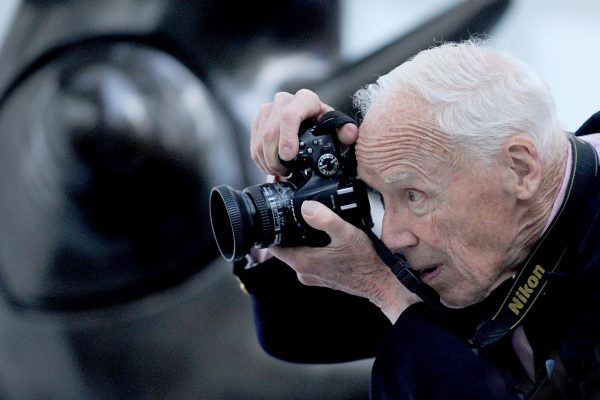 Fashion Photographer Bill Cunningham Dies At 87