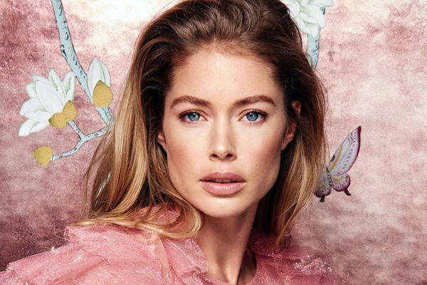 Doutzen Kroes pose pour l'association