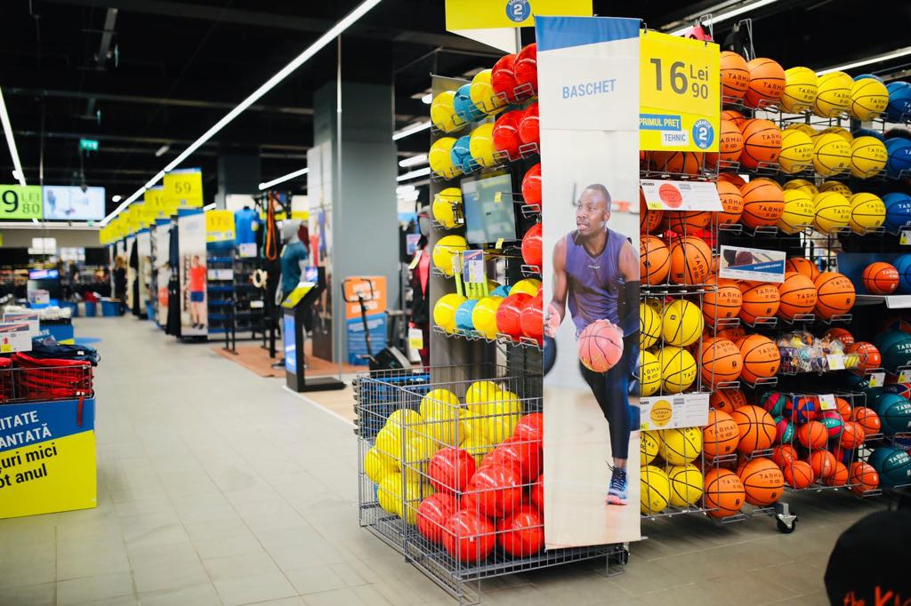 Decathlon_Veranda Mall_2