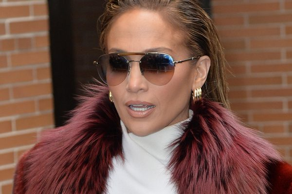 Jennifer Lopez leaving The View