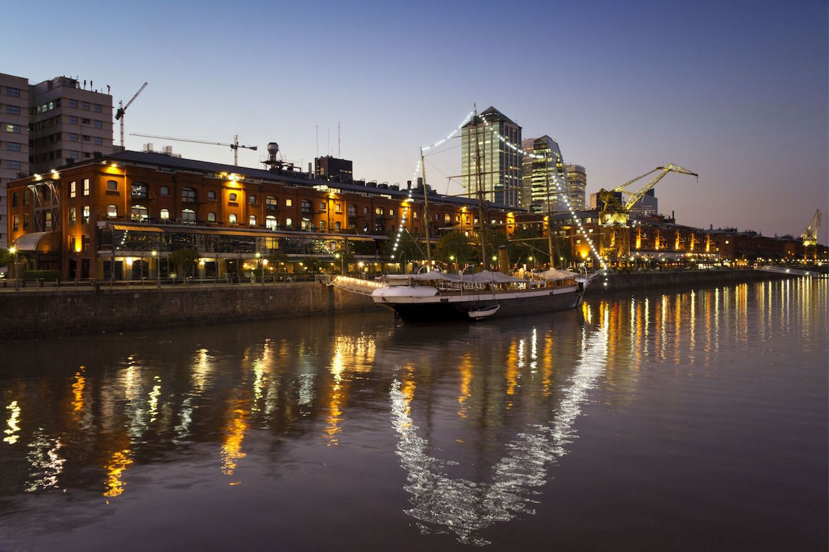 Puerto Madero, old recycled docks with bars and restaurants, Buenos Aires, Argentina. Credit: ImageStockArt/face to face