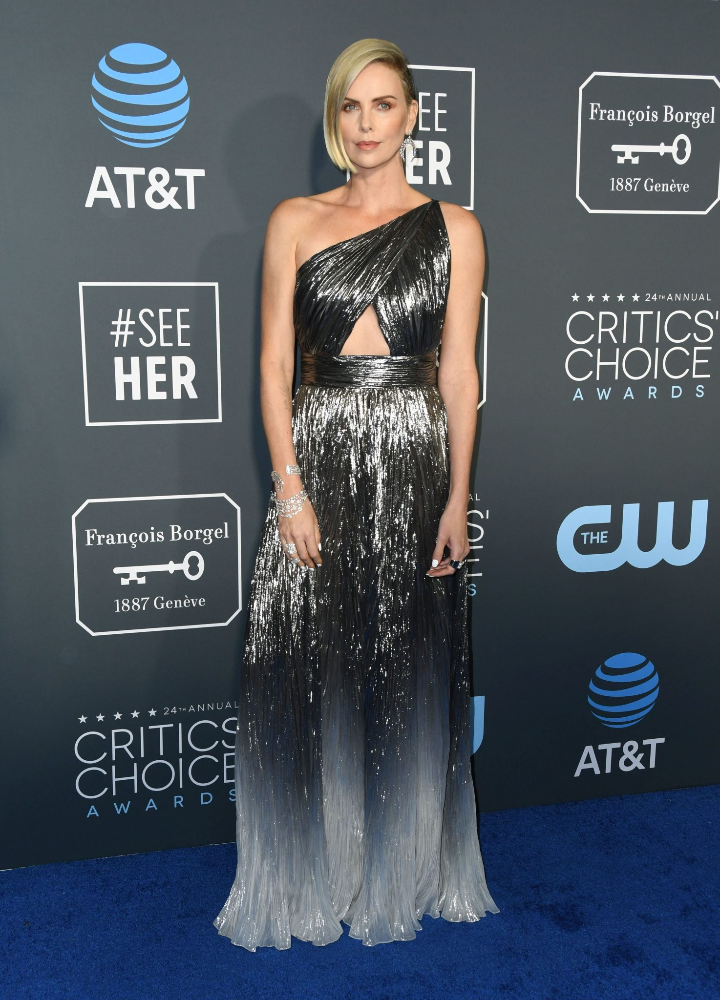 Charlize Theron – rochie Givenchy