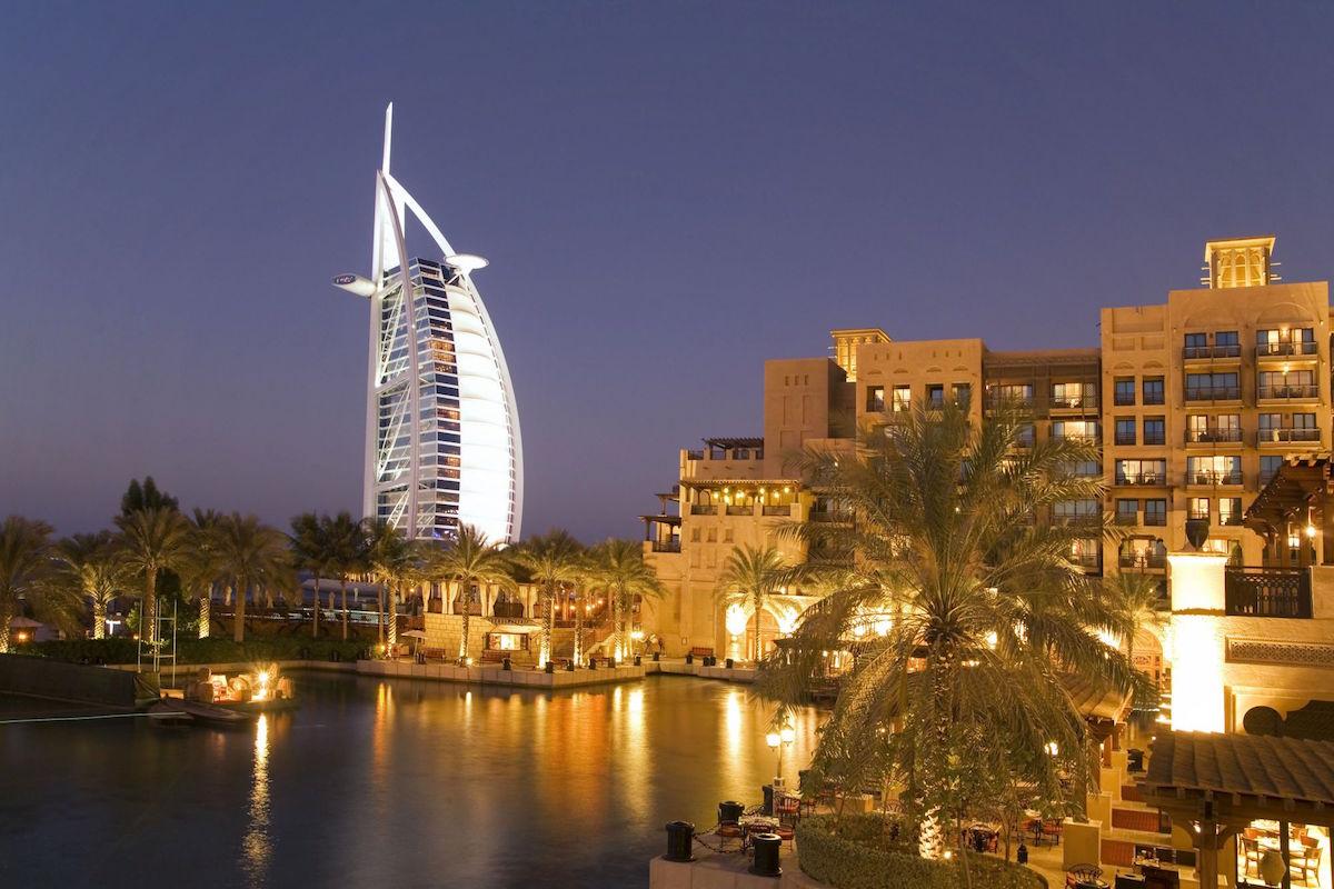 Dubai Jumeirah beach, Burj al Arab, Medinat Jumeirah, canal, twilight,.