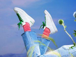 O linie sustenabilă de pantofi sport: Mai puțin plastic în natură!