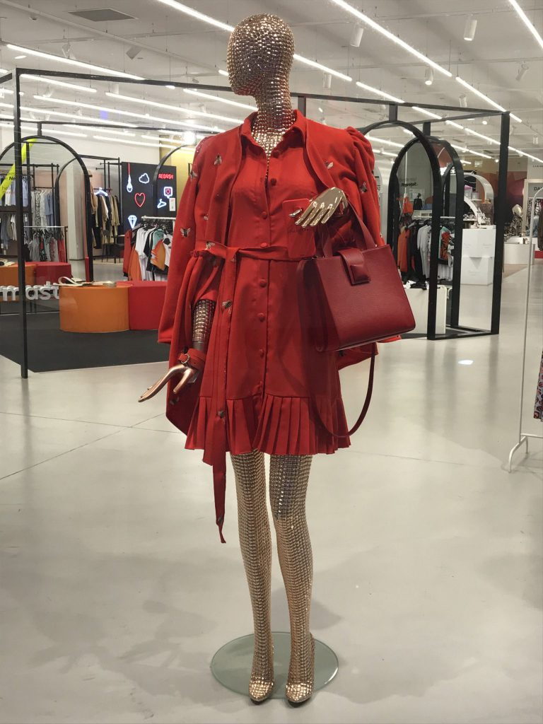 A list Designers boutique: Fashion editor's choice - Ladies in Red