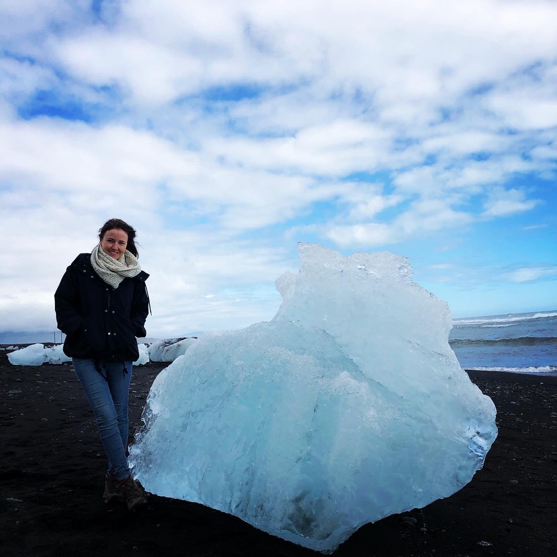 Islanda plătește bărbaţii imigranți ce se căsătoresc cu femei islandeze