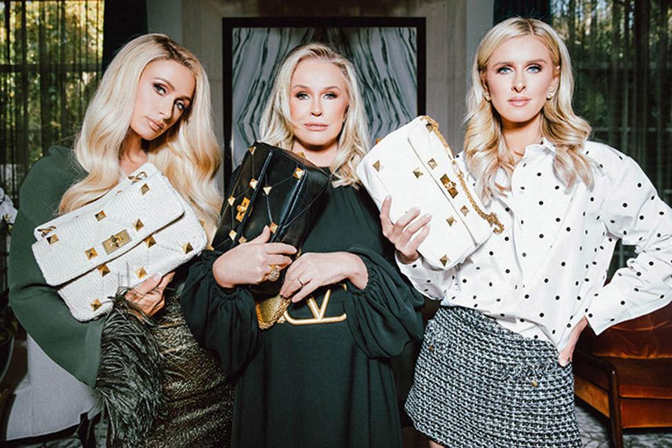 Paris Hilton, Nicky Hilton Rothschild et leur mère Kathy Hilton posent ensemble pour la campagne digitale de Valentino