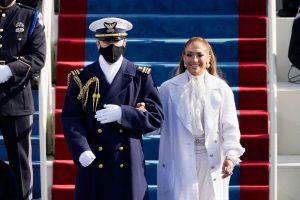 Jennifer Lopez: O apariție simbolică, demnă de paginile istoriei Americii