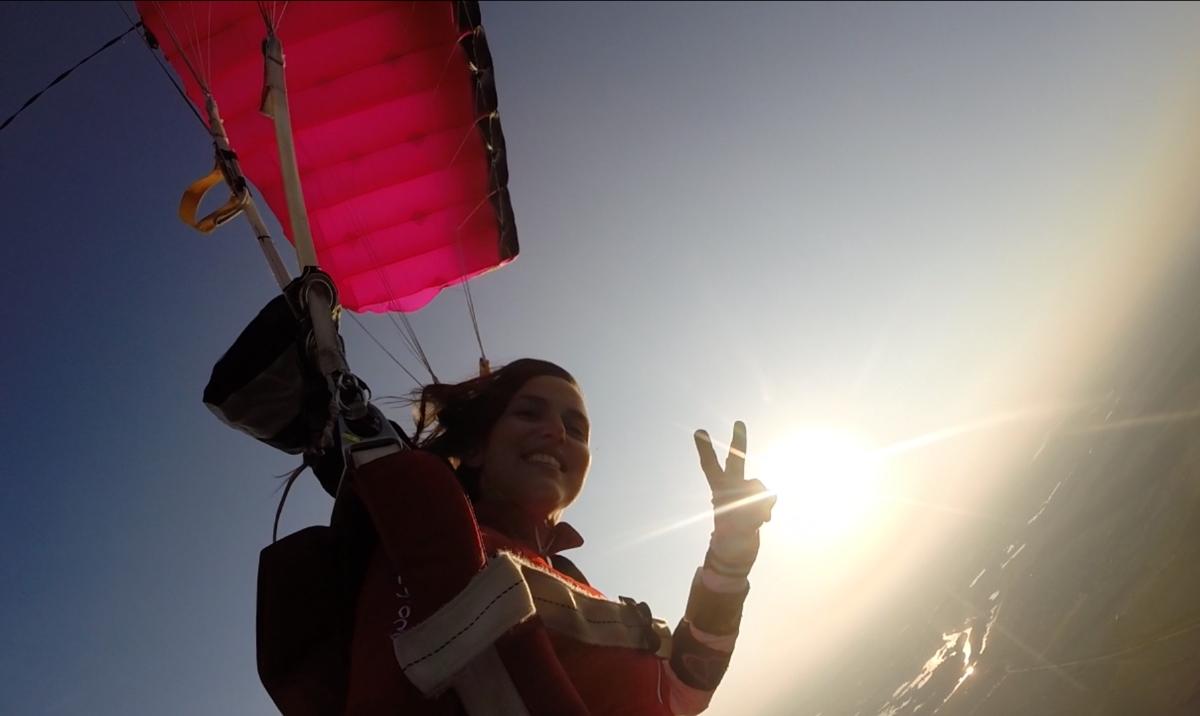 """Alina Alina Sime: """"În parașutism nu avem gen, vârstă sau naționalitate"""""""