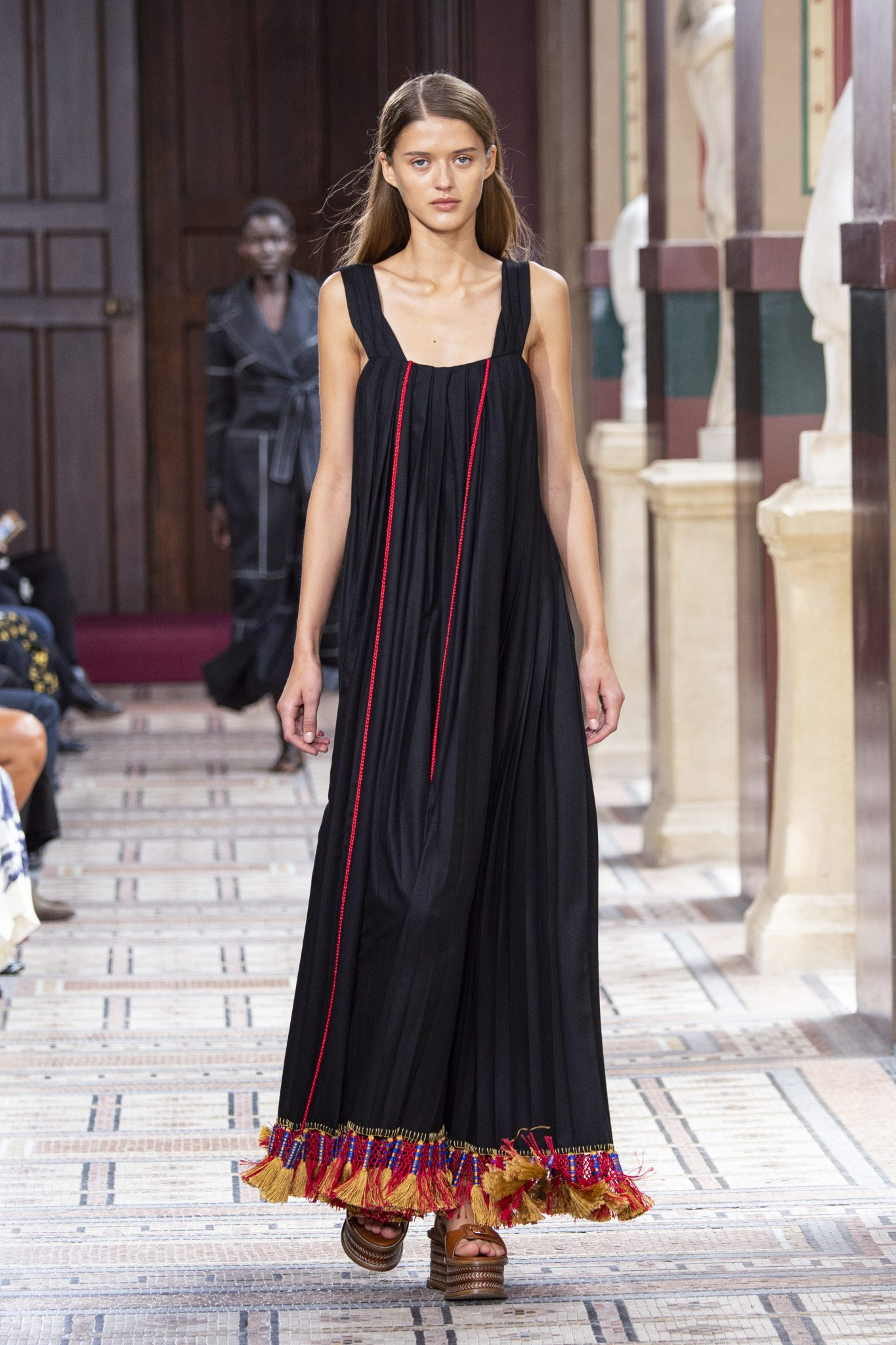 Hot summer trend: Rochia maxi, un must-wear al momentului
